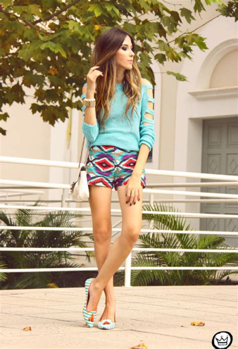 Fashionable Spring Outfits for Young Women to Try - Pretty