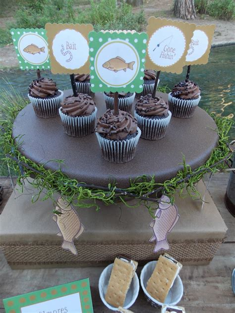 Gone Fishin' - party ideas for a fishing party - LAURA'S