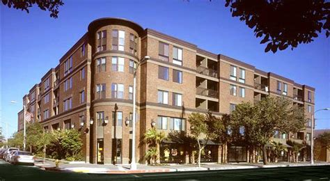 Rittenhouse Square affordable apartments in Los Angeles