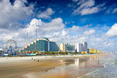 Top Kissimmee Beaches for a Family or Romantic Get-away